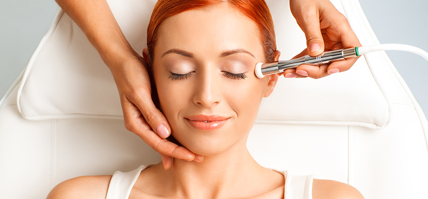 The 4 Benefits of Microdermabrasion