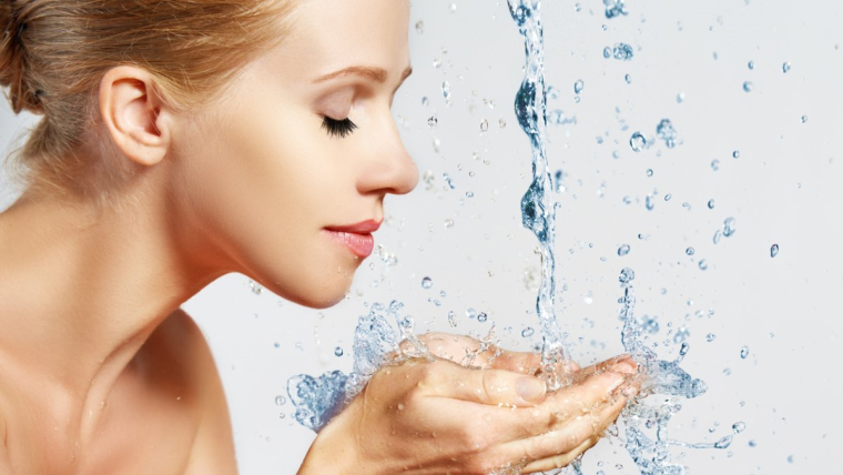 What are the benefits of herbal face wash?